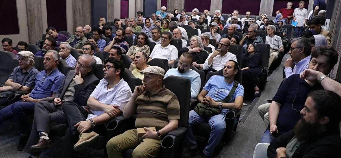 یک جلسه محرمانه مانع از تنش در مجمع خانه سینما شد