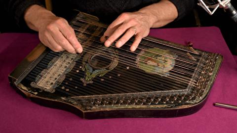 شش آهنگ فولکلور فرانسوی ؛ ایتین دلاوو