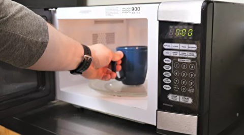 نحوه تمیز کردن مایکروویو با مواد خانگی