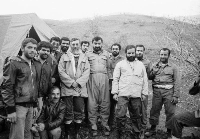 چگونه دستور ۳۴ سال پیش امام خمینی، ایران را امروز مصون از تجاوز خارجی کرد؟