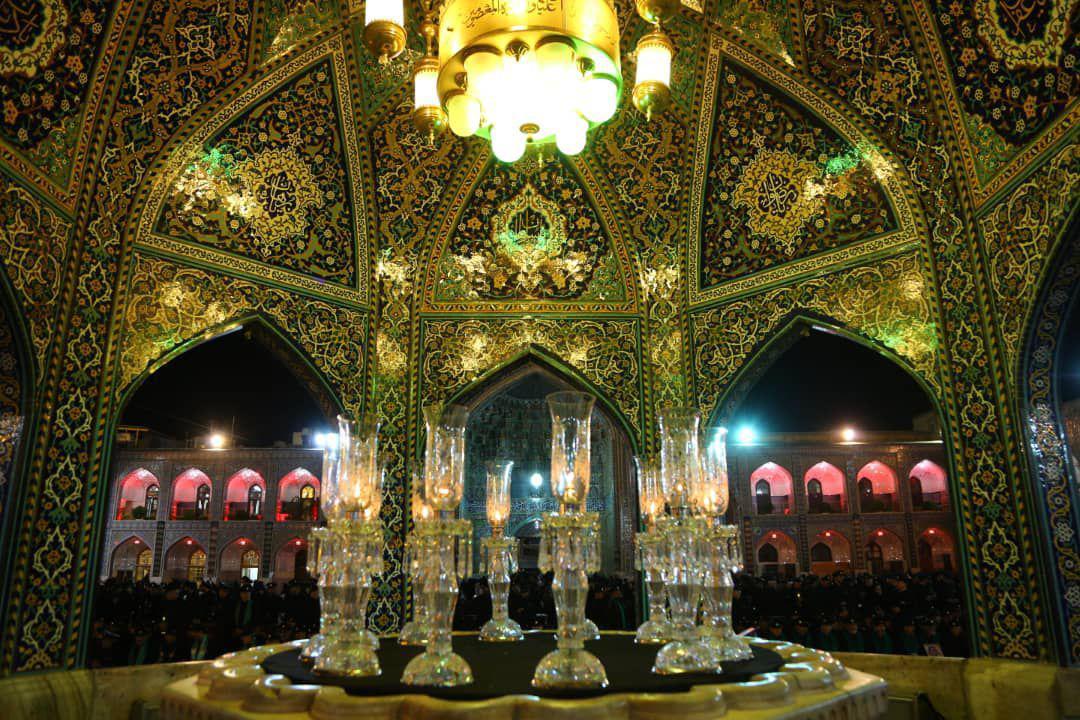 تصویری زیبا از داخل سقاخانه اسماعیل طلا صحن انقلاب