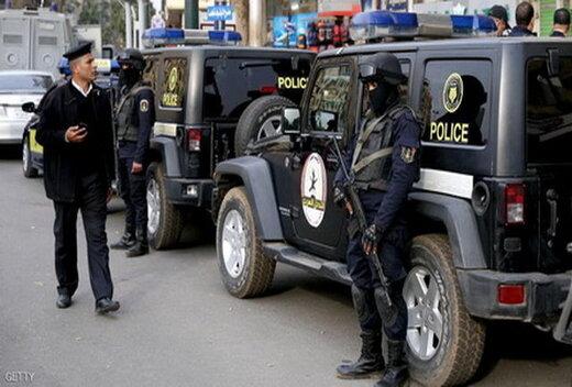 کشتهشدن ۴ پلیس در حمله به یک پاسگاه در پاریس