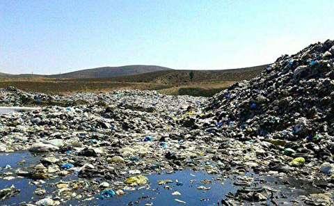 زبالهها در پشتکوه مازندران همچنان ماندند