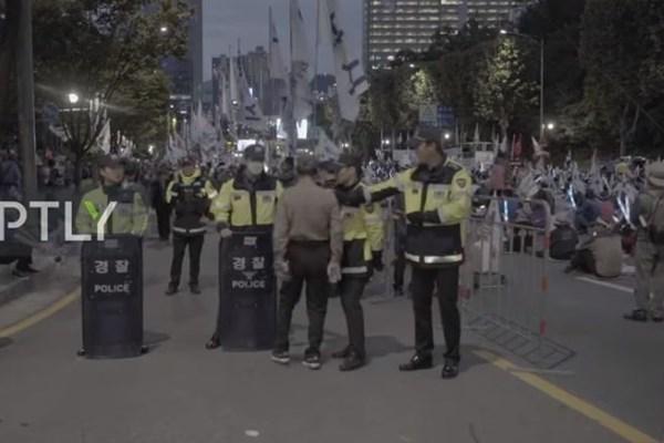 معترضان در کرهجنوبی خواستار استعفای رئیسجمهور شدند