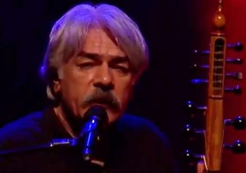 لغو کنسرت کیهان کلهر در اعتراض به حمله ترکیه
