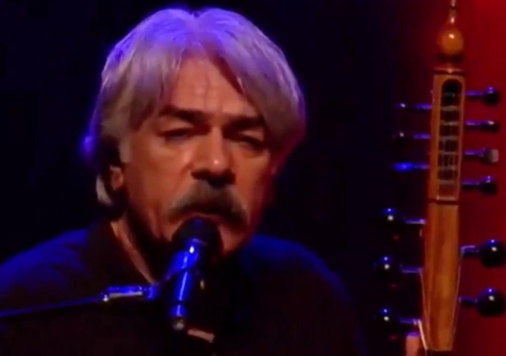 کیهان کلهر کنسرتش در استانبول را لغو کرد