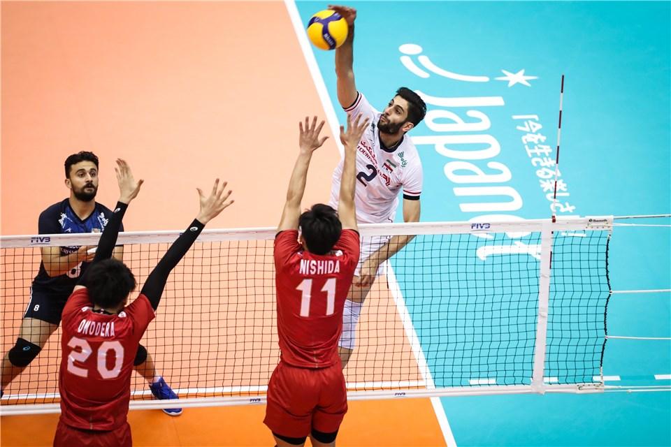 شکست سنگین تیم ملی والیبال ایران مقابل ژاپن میزبان