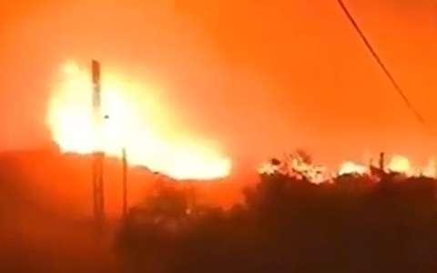 محاصره مردم لبنان در آتش سوزی گسترده