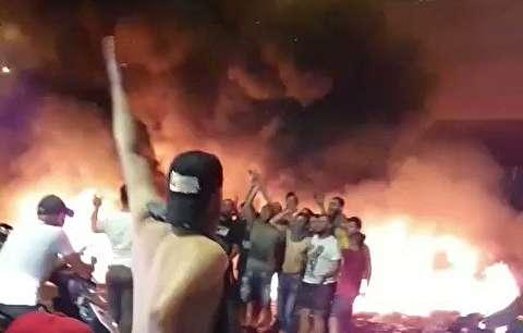 شیوه عجیب تظاهرات در لبنان