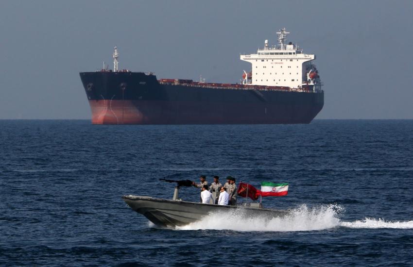 8 کشور بدون حضور خارجیها امنیت خلیج فارس را تامین میکنند/ چرا ایران «صلح هرمز» را پیشنهاد کرد؟