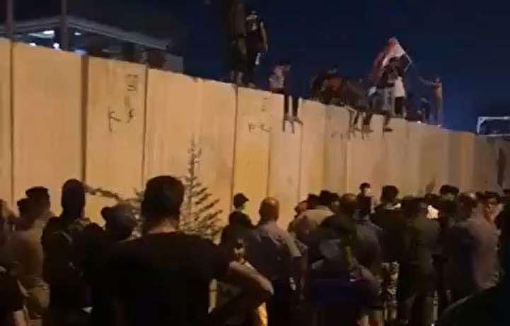 حمله به کنسولگری ایران در کربلا