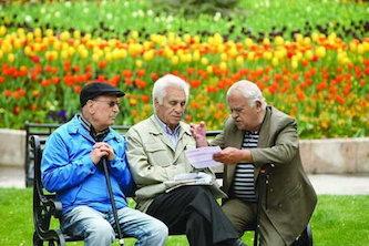 سن و سابقه بازنشستگی در مشاغل مختلف متفاوت است؟