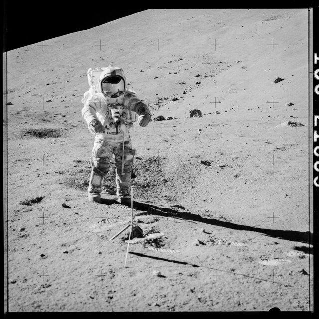 ناسا محفظه ۴۰ سال دست نخورده را باز کرد