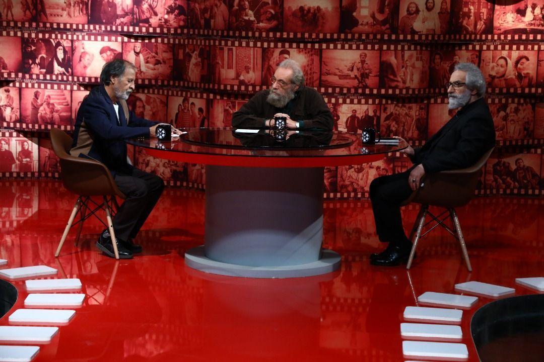 هدف قرار دادن کلیت سینمای ایران در برنامه هفت / اداره هفت با یک پدر و پسر