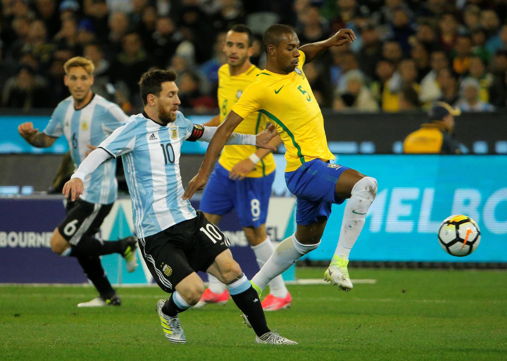 بازگشت مسی به تیم ملی آرژانتین برای دیدار مقابل برزیل