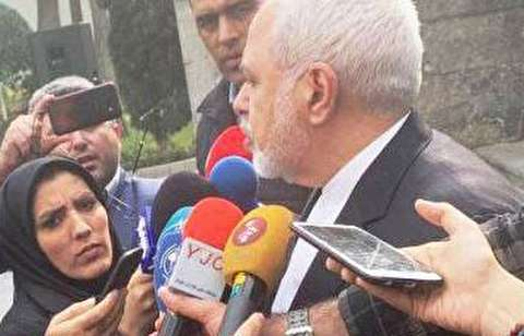 واکنش ظریف به خبر استعفایش