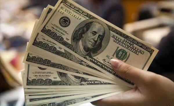 دلار ۴۵۰۰ تومانی برای کالاهای اساسی تکذیب شد