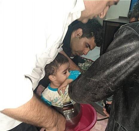 نجات کودک گرفتار در زودپز توسط آتشنشانی + عکس
