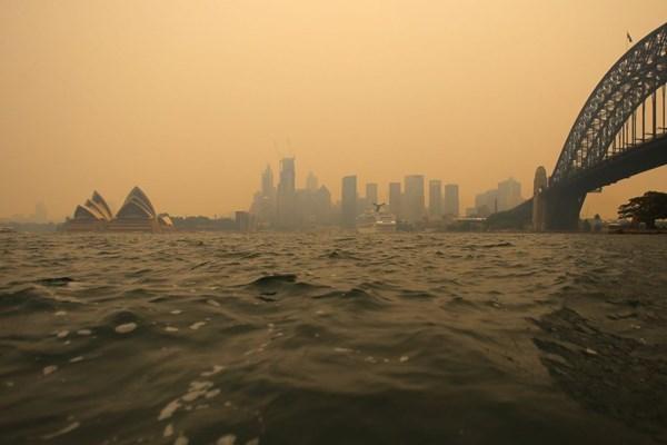گسترش آتشسوزی و اعلام وضعیت فوقالعاده در استرالیا