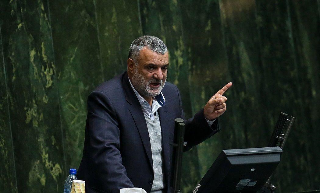 استعفایی که رنگ استیضاح به خود گرفت/ ارتباط بازداشت مدیران وزارت جهاد با استیضاح حجتی!