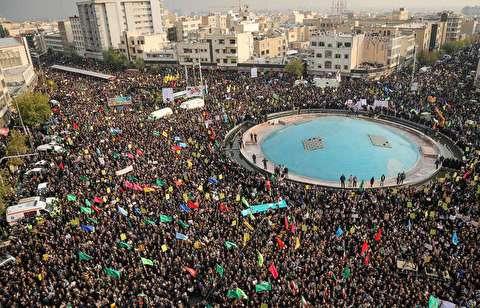 اجتماع میدان انقلاب از آسمان