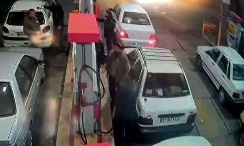 آتش زدن کارمند پمپ بنزین توسط راننده خودرو