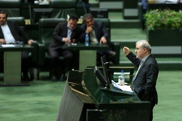 وزیر بهداشت: تا پایان اردیبهشت کرونا را مهار میکنیم