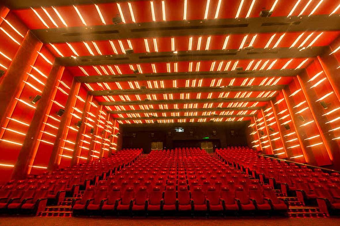 جزئیات دستورالعمل سالنهای بازگشایی سینما و تئاتر حذف و بازگشایی سالنها رد شد!