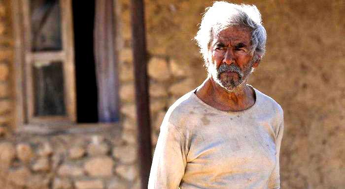 چرا اکران آنلاین فیلم «خروج» ابراهیم حاتمی کیا شکست خورد؟