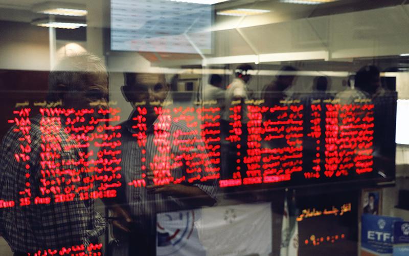 بورس تهران در اولین روز کاری سال؛ قرمز شد