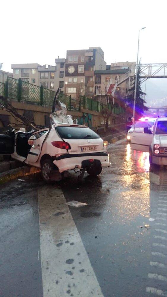 سرعت غیرمجاز راننده ۲۰ ساله را به کام مرگ کشاند