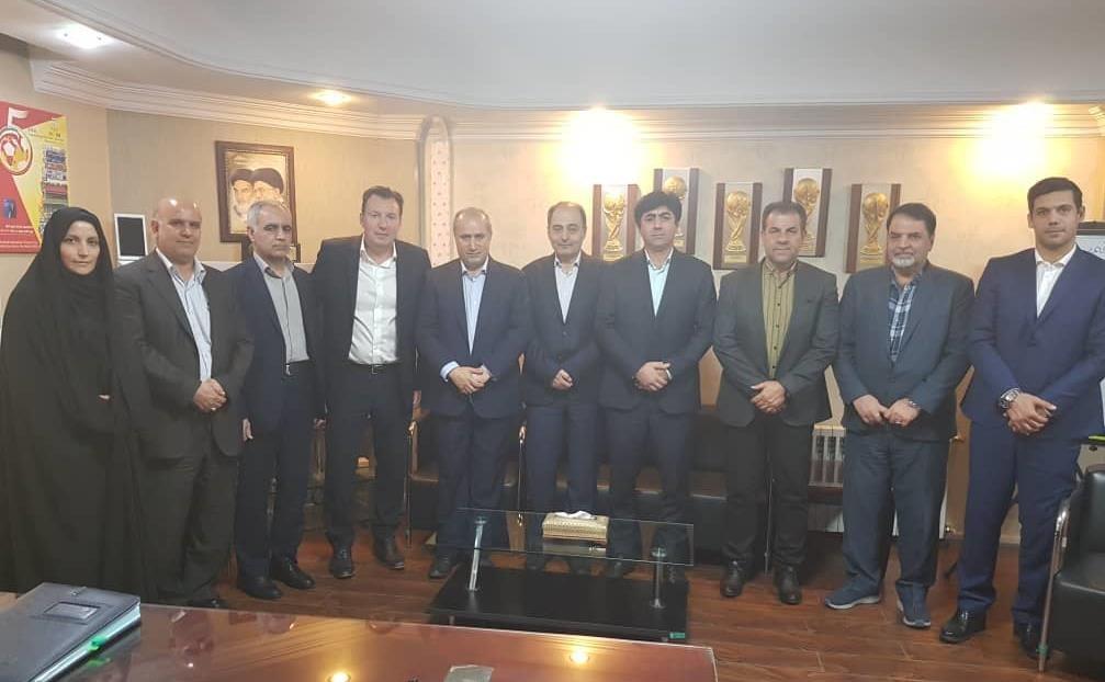 معماران تباهی فوتبال ایران؛ آیا مجمع ۱۰اسفند، این لکهها را از چهره فوتبال پاک میکند؟