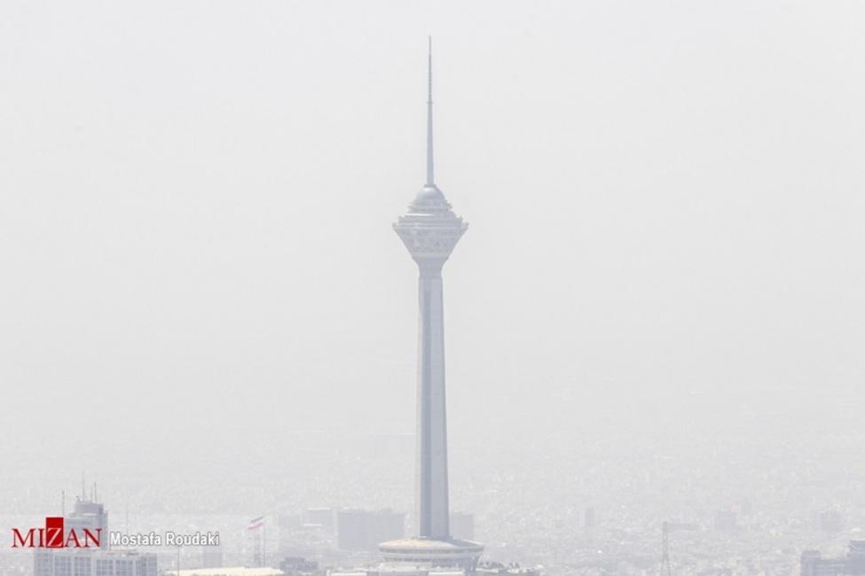 تدابیر ناقص برای رفع آلودگی هوای تهران؛ ادارات نه، مازوت سوزی تعطیل شد!