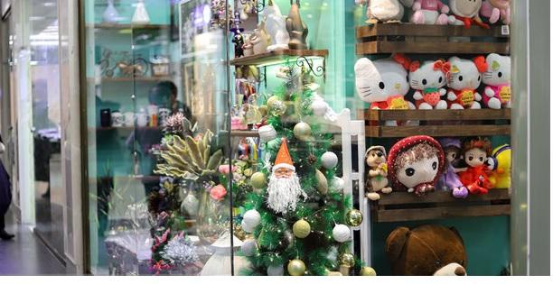 بازار بیرونق کریسمس در سایه کرونا