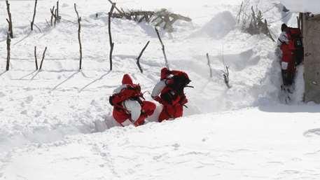 بوران و بهمن یا اختلال GPS؛ عامل جان باختن و گرفتاری کوهنوردان چیست؟!