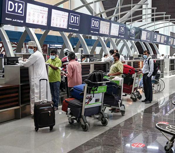 عمان مرزهای خود را به روی مسافران باز میکند