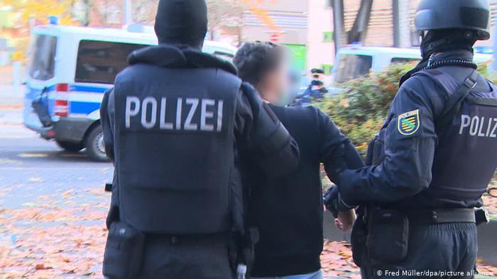 انهدام یک باند بینالمللی قاچاق انسان در آلمان