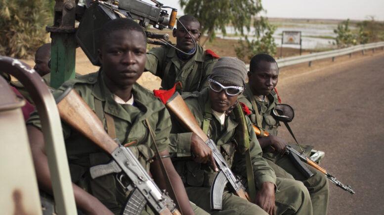 ۱۵ کشته و زخمی درپی حمله تروریستها به ارتش مالی