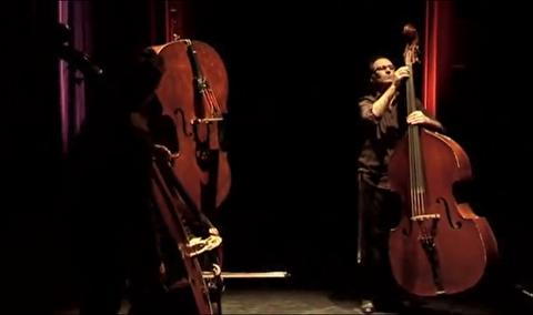 مکث ؛ ارکستر کنترباس