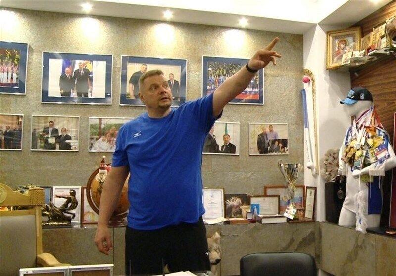 عجیب و باورنکردنی؛ تیم ملی والیبال برای تمرین نزد سرمربی روس میرود! / تیم ملی پروازی به جای مربی پروازی!