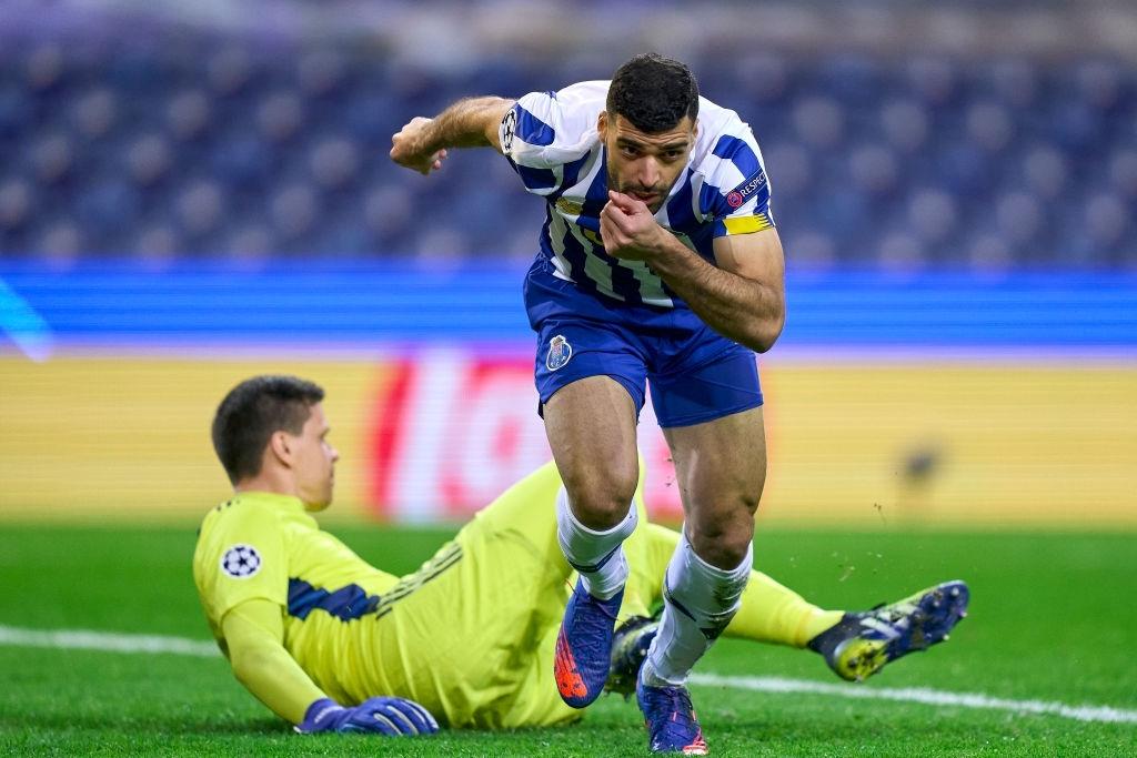 برتری طارمی در دوئل با رونالدو با گل دقیقه یک به یوونتوس  / ببر بوشهری نخستین گلزن ایرانی مرحله حذفی لیگ قهرمانان اروپا