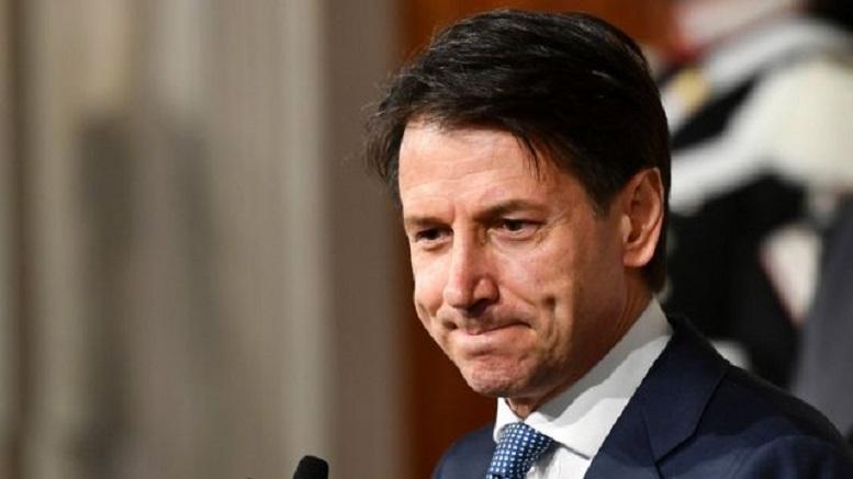 نخست وزیر ایتالیا در یک قدمی استعفا