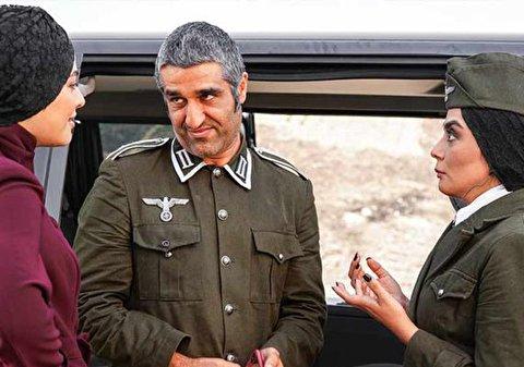 سکانسهایی از فیلم خوب، بد، جلف: ارتش سری