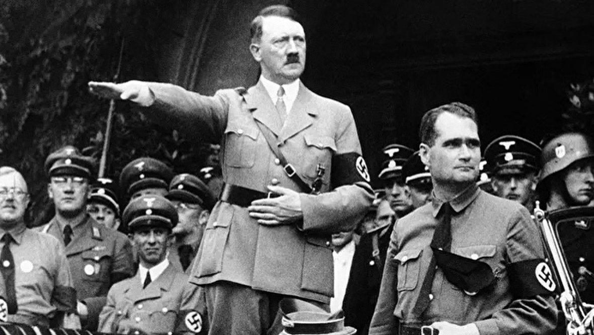 شلیک مشهور صدام حسین با تفنگ / اعترافات فردیناند دمارا، مرد هزار چهره واقعی / سخنرانی سالوادور آلنده در سازمان ملل / چگونه ایران سوخو 25 خرید؟