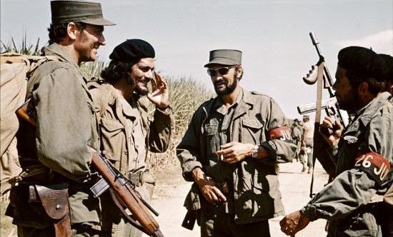 شلیک مشهور صدام حسین با تفنگ / چرا مردم در عکسهای قدیمی لبخند نمیزدند؟ / پانچو بییا رهبر انقلاب مکزیک / عملیات خلیج خوکها / لحظات سانحه هیندنبورگ