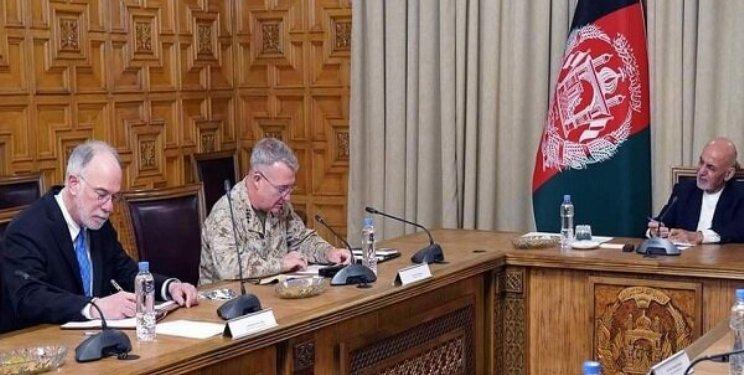 دیدار فرمانده سنتکام با رییسجمهور افغانستان