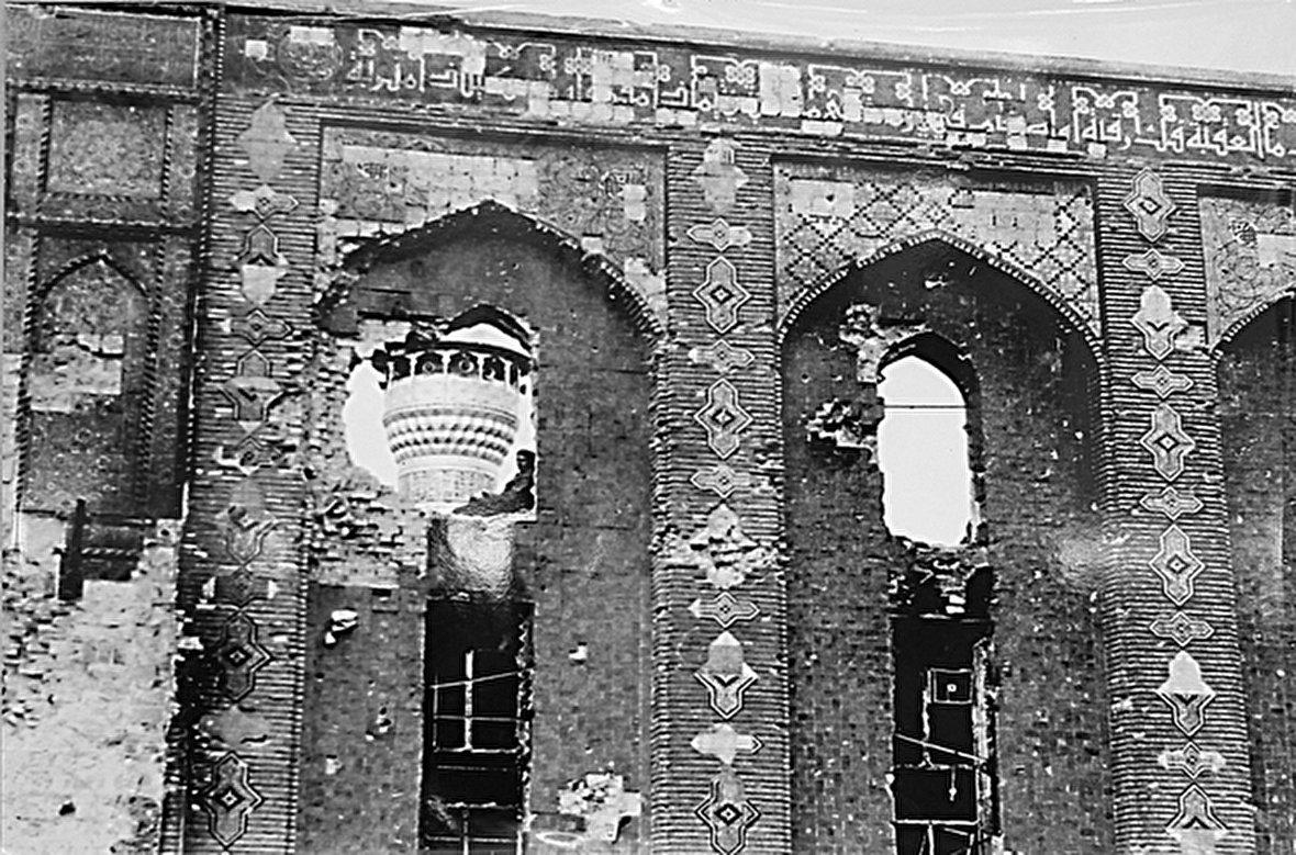 اقامتگاه مجلل هیتلر در دوران جنگ جهانی دوم / گروگان گیری در اوپک / دیدار تاریخی هیتلر و موسولینی / انتفاضه شعبانیه، قیام شیعیان عراق علیه صدام / تهران در دوران احمدشاه قاجار