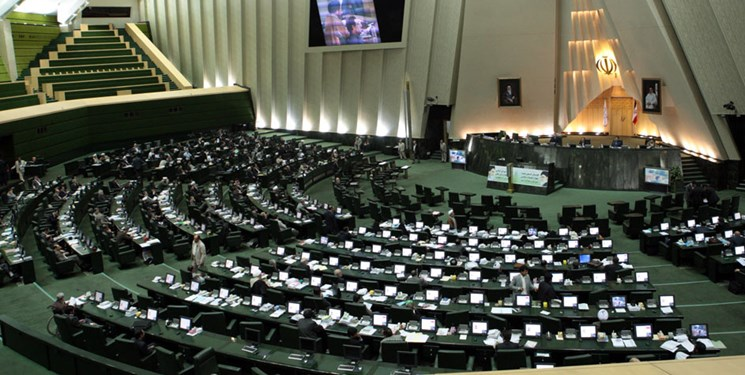 مجوز مجلس برای دریافت ۵ میلیارد دلار وام از روسیه