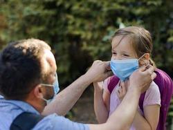 نحوه صحیح زدن ماسک برای بزرگسالان و کودکان