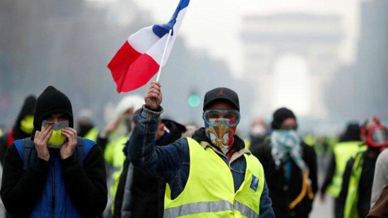 جلیقه زردهای فرانسه به خیابانها بازگشتند